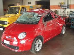 Cerca un Auto Incidentata a Roma